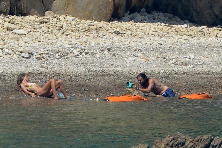 Heidi Klum Sexy Topless Photos 85