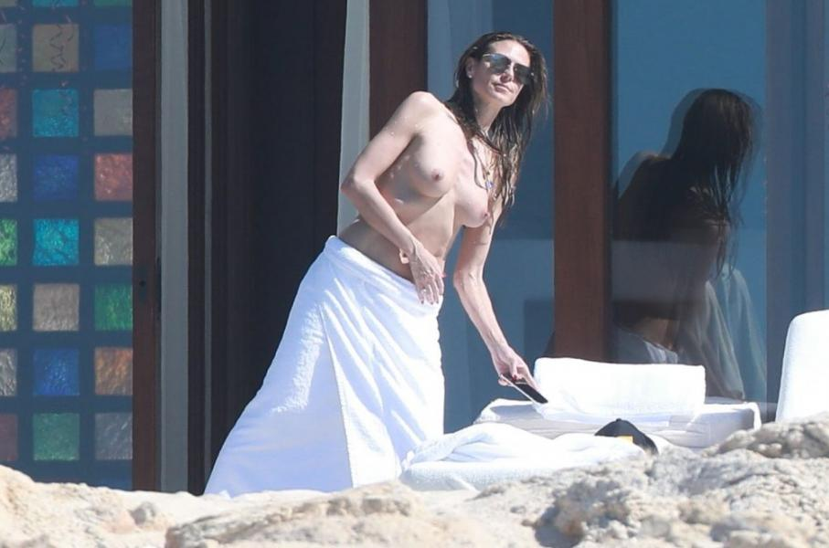 Heidi Klum Topless Photos 115