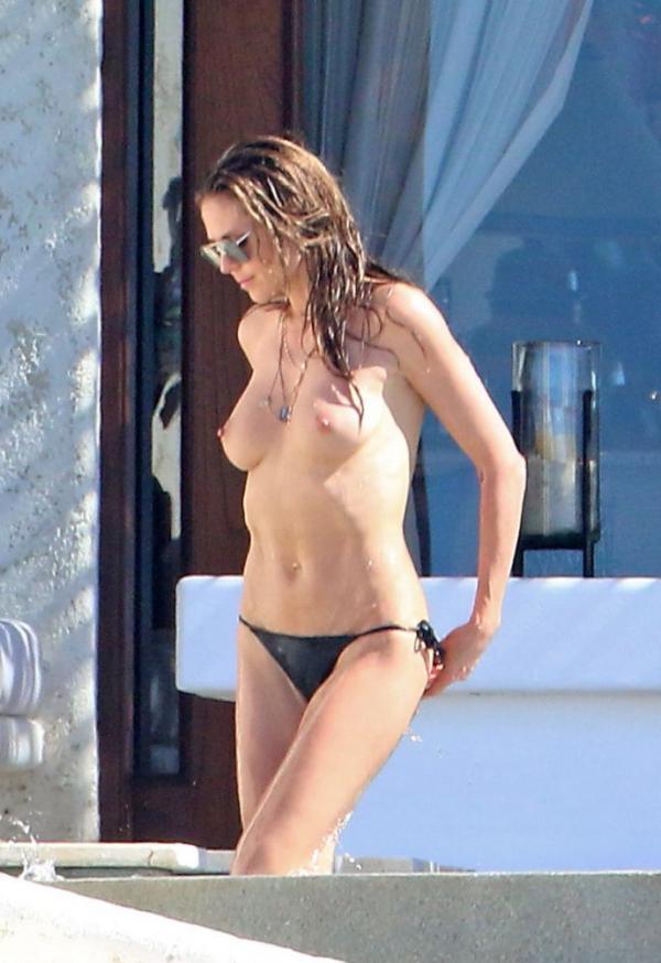 Heidi Klum Topless Photos 116