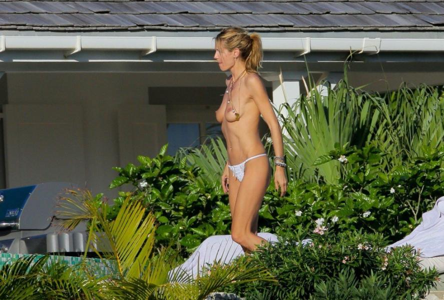 Heidi Klum Topless Photos 12 1