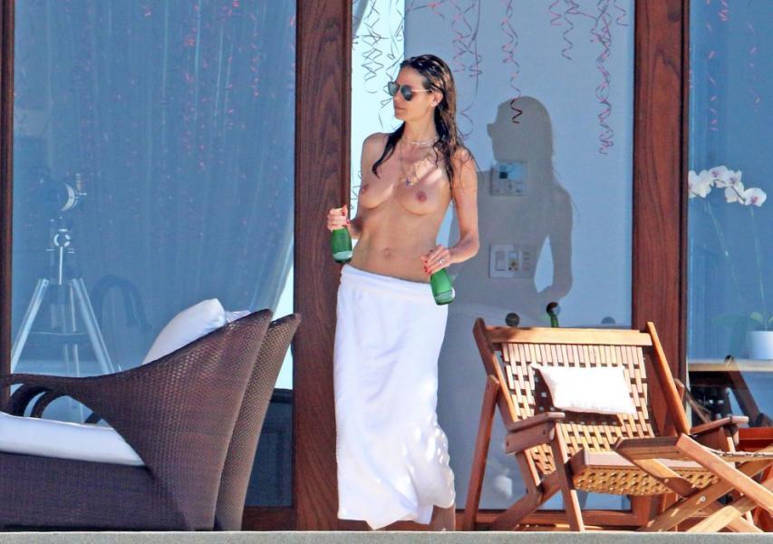 Heidi Klum Topless Photos 12