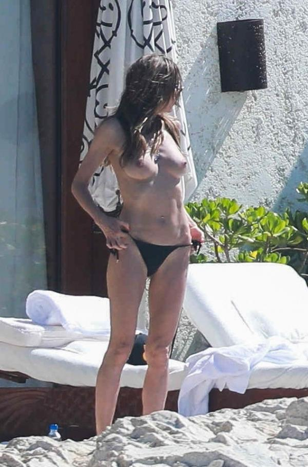 Heidi Klum Topless Photos 129