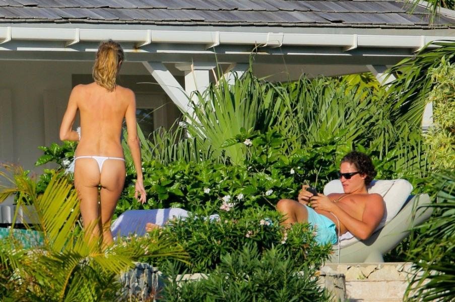 Heidi Klum Topless Photos 14 1
