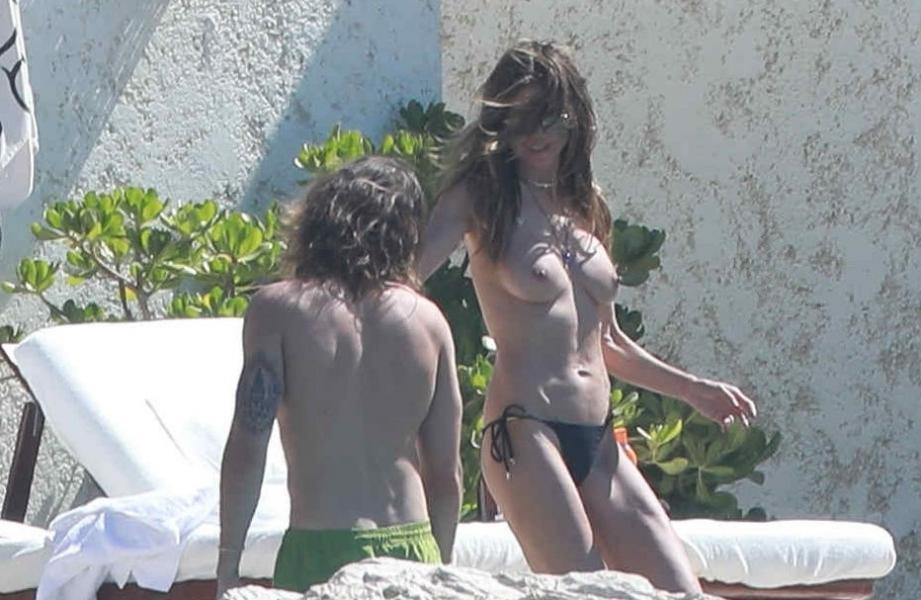 Heidi Klum Topless Photos 140