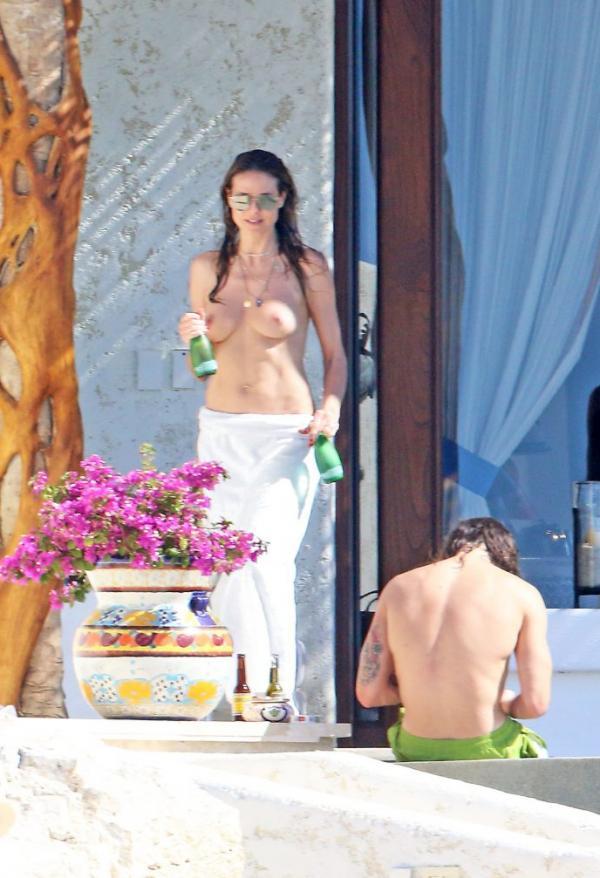 Heidi Klum Topless Photos 17
