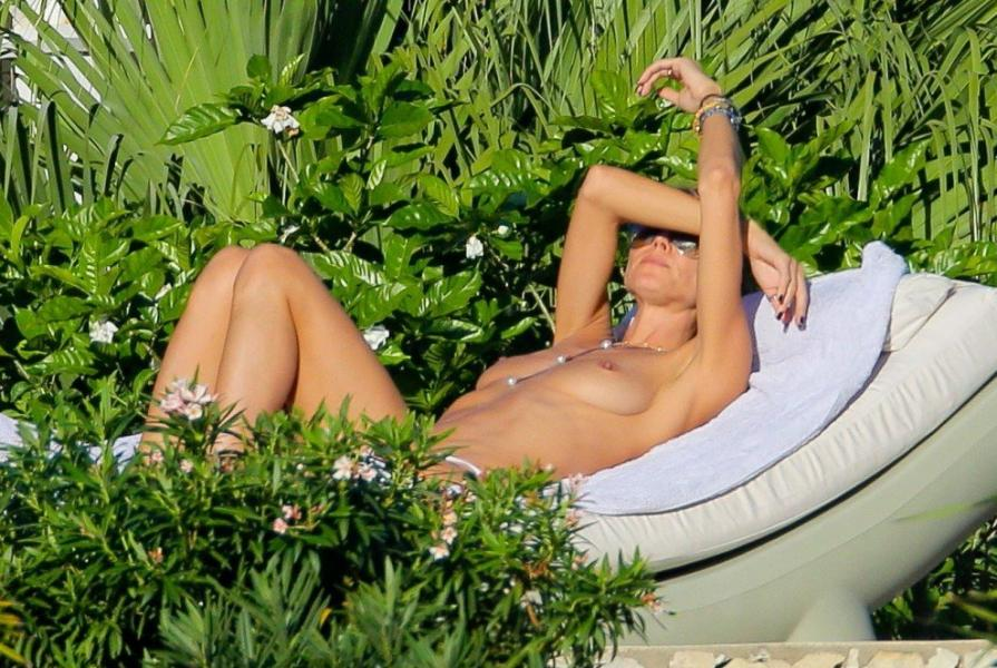 Heidi Klum Topless Photos 37 1