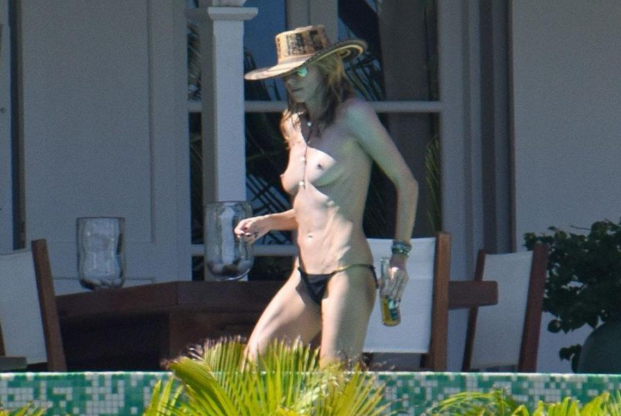 Heidi Klum Topless Photos 38 1