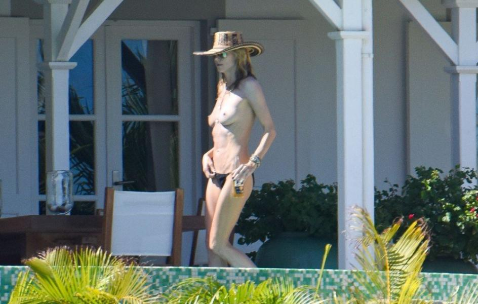 Heidi Klum Topless Photos 7 1