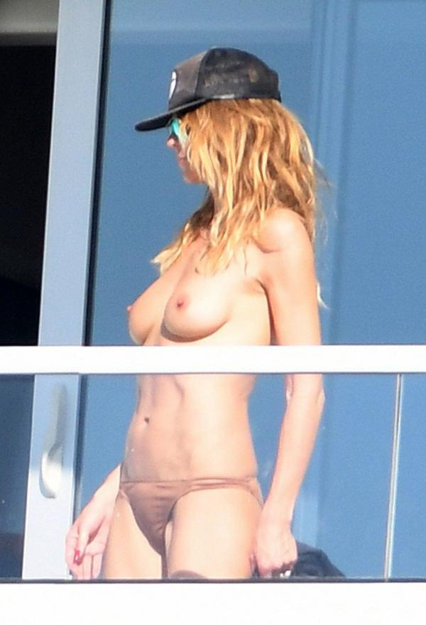 Heidi Klum Topless Pics 19