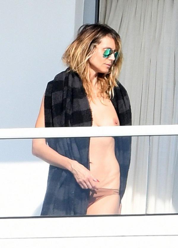 Heidi Klum Topless Pics 33