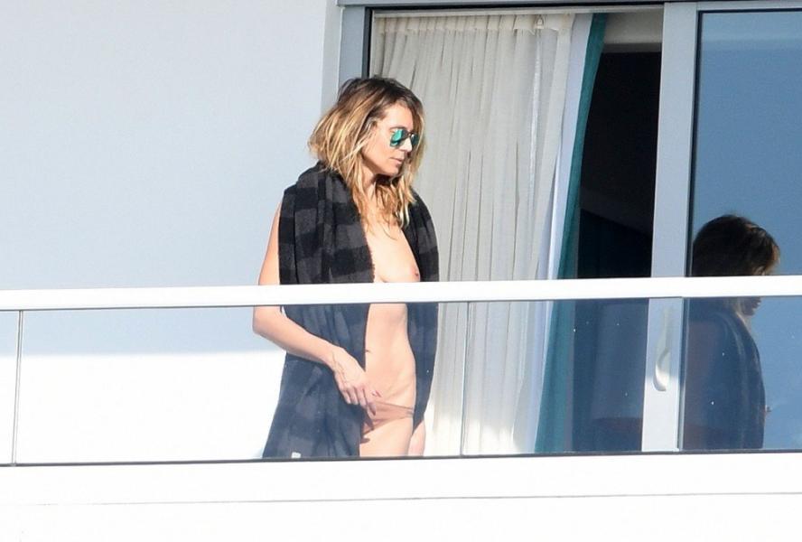 Heidi Klum Topless Pics 34
