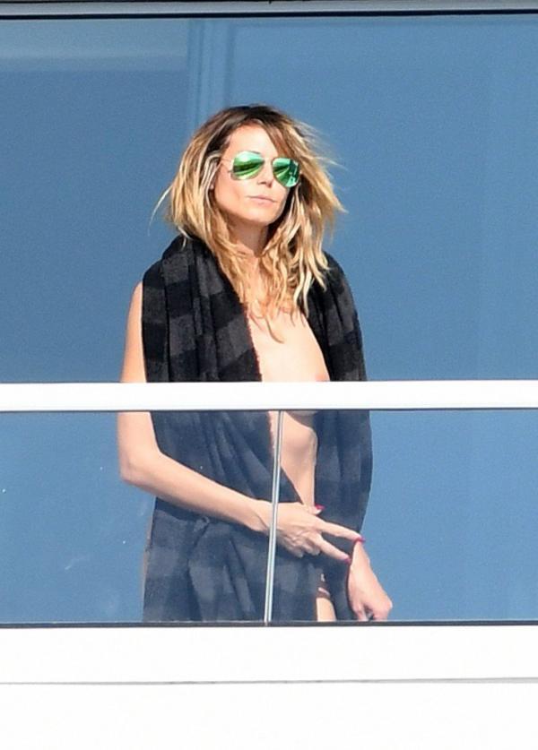 Heidi Klum Topless Pics 39