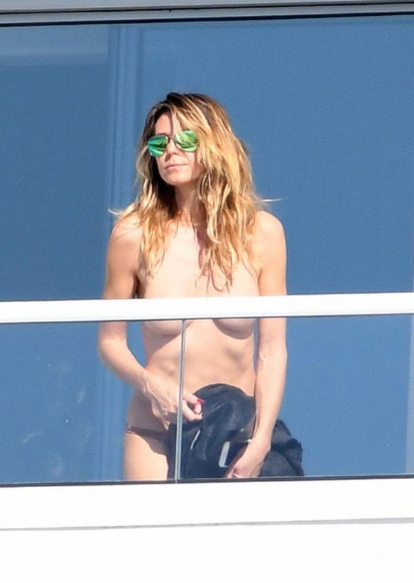 Heidi Klum Topless Pics 71