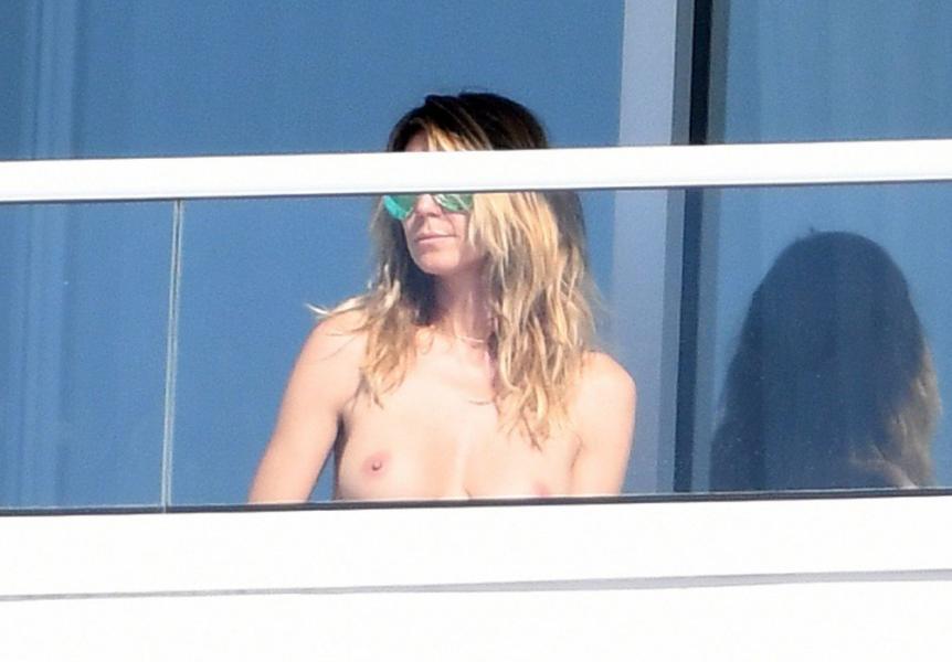 Heidi Klum Topless Pics 77