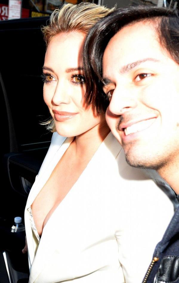Hilary Duff Nipple Slip Photos 5