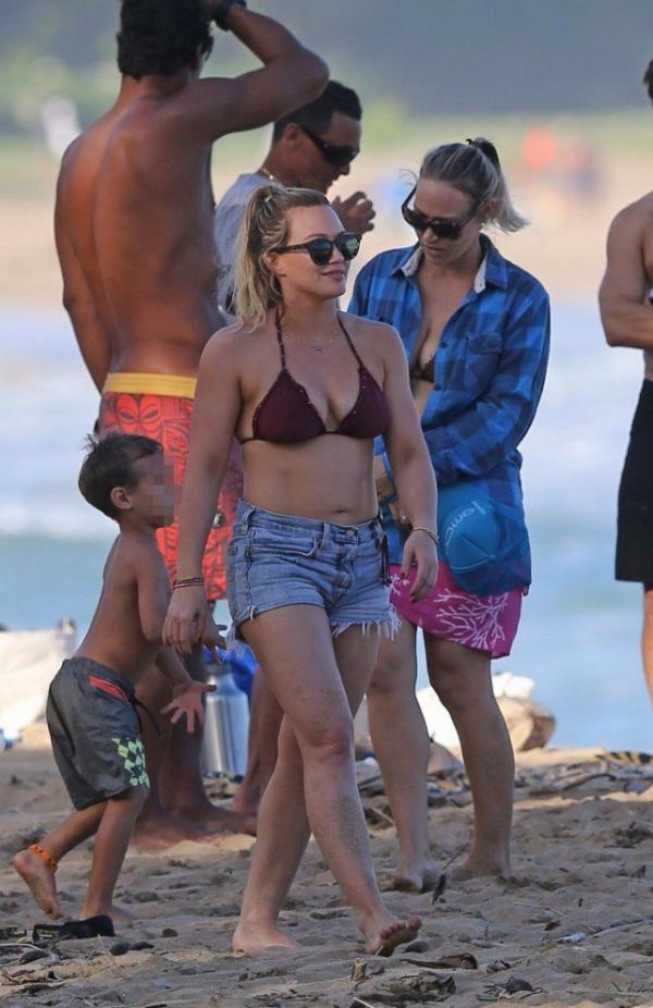 Hilary Duff Sexy Images 86