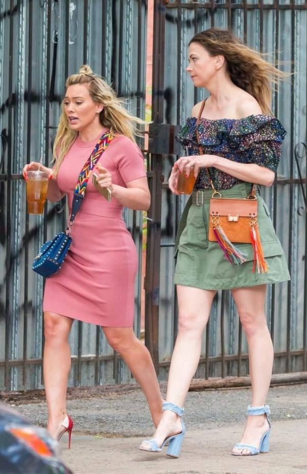 Hilary Duff Sexy Pics 47