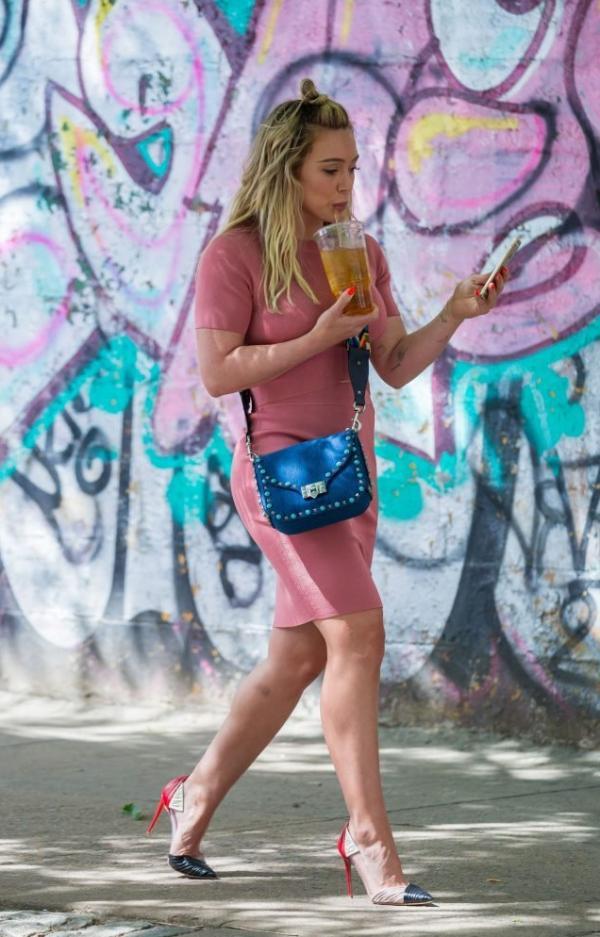 Hilary Duff Sexy Pics 58