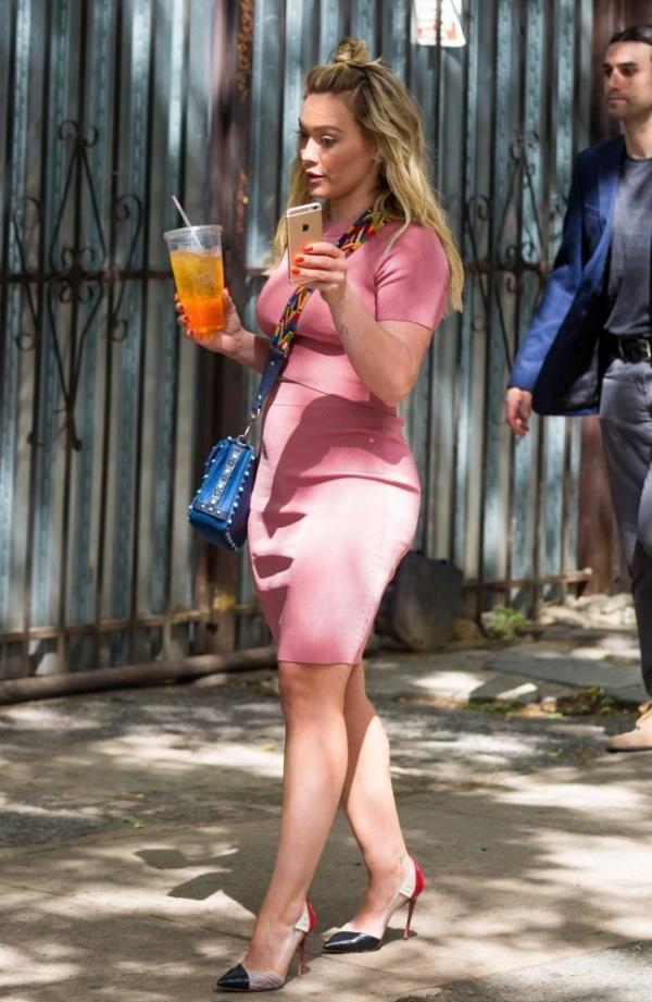 Hilary Duff Sexy Pics 59