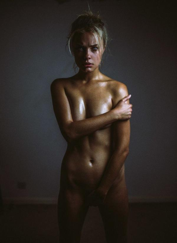 Holly Horne Naked Photos 10