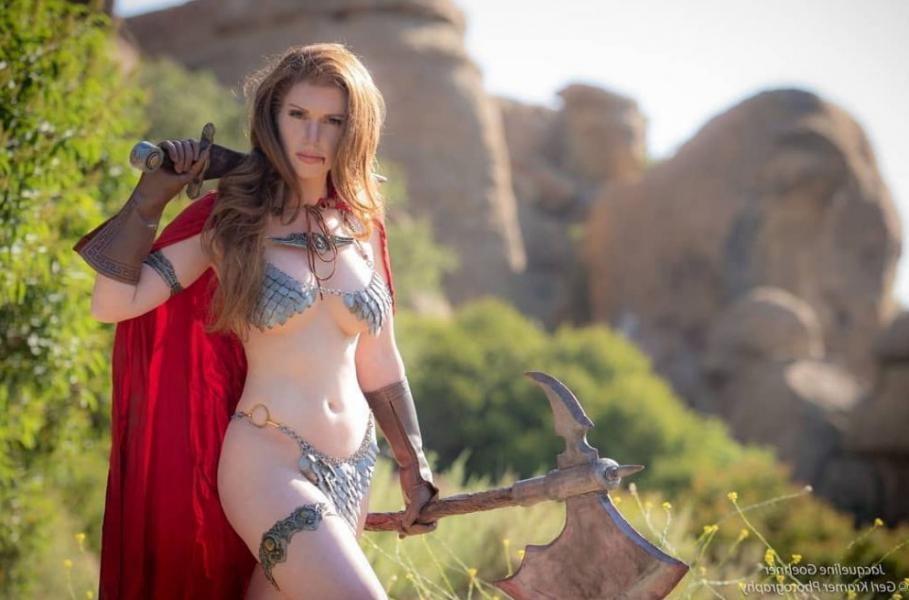 Jacqueline Goehner Nude Sexy Photos 24