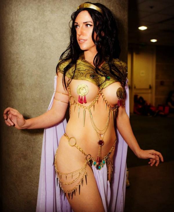 Jacqueline Goehner Nude Sexy Photos 6
