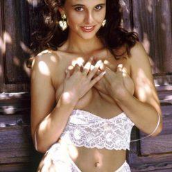 Jayne Middlemiss Topless Photos 9