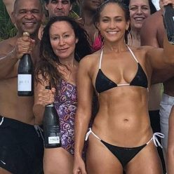 Jennifer Lopez Sexy New Pics 38