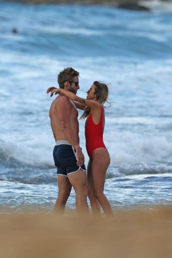 Bristowe nackt Kaitlyn  'Bachelorette Fans