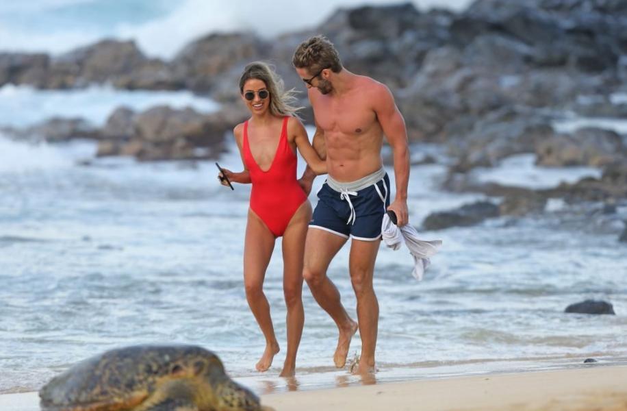 Bristowe  nackt Kaitlyn 'Bachelorette' Star