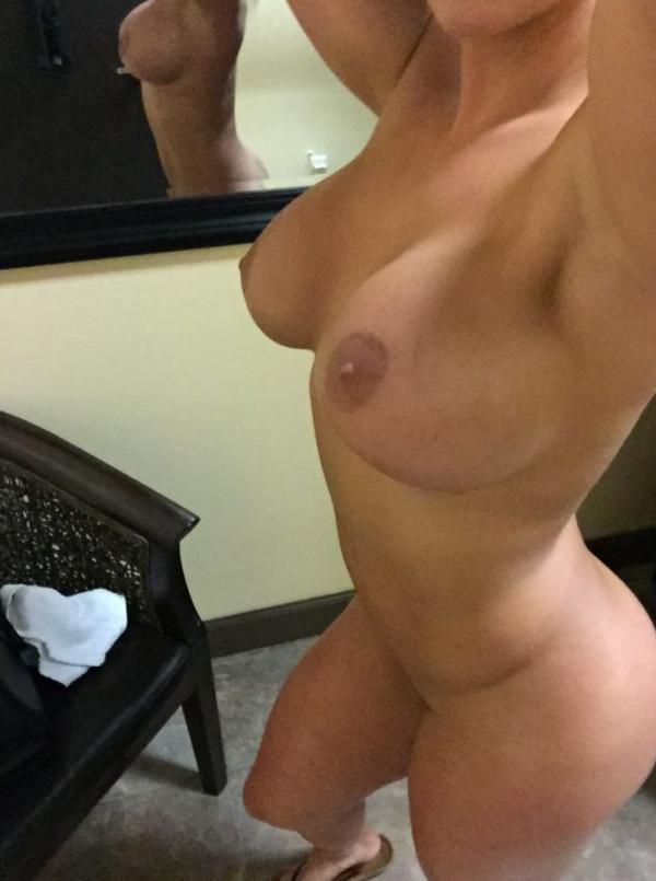 Kaitlyn WWE Leaked Photos 18