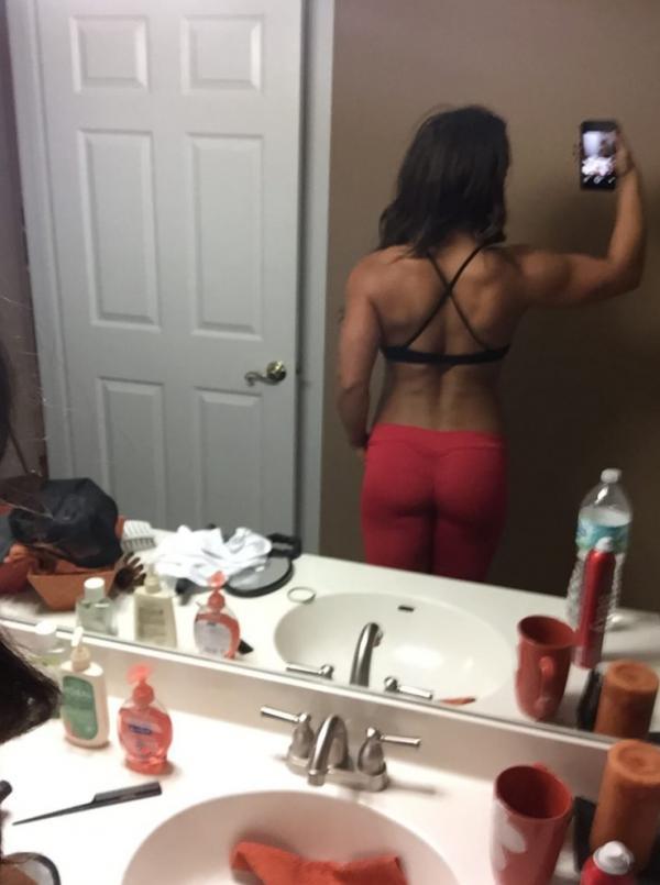 Kaitlyn WWE Leaked Pics 100