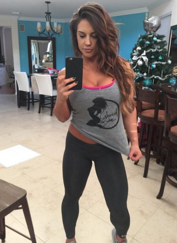 Kaitlyn WWE Leaked Pics 122