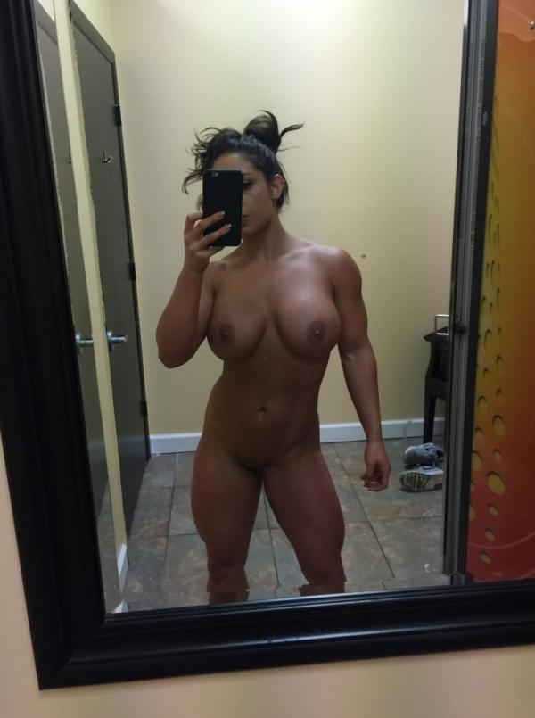 Kaitlyn WWE Leaked Pics 52