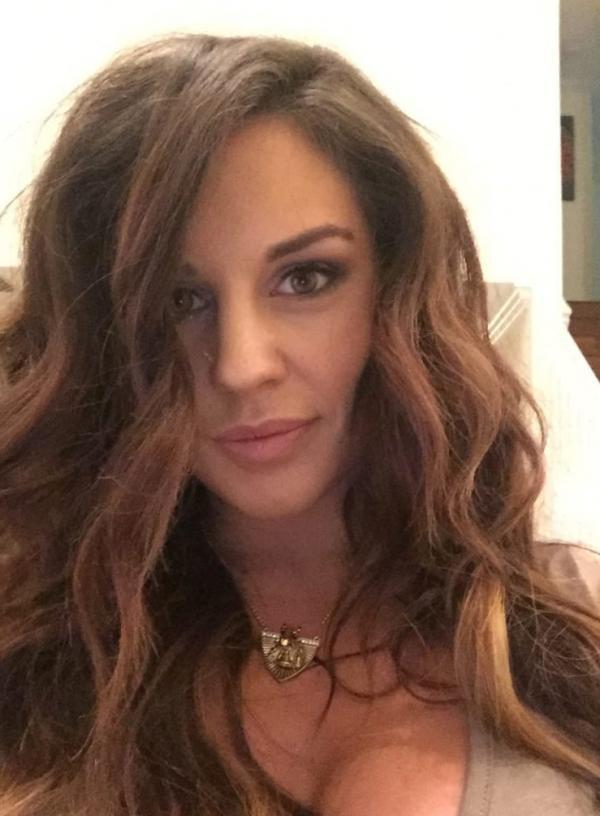 Kaitlyn WWE Leaked Pics 57