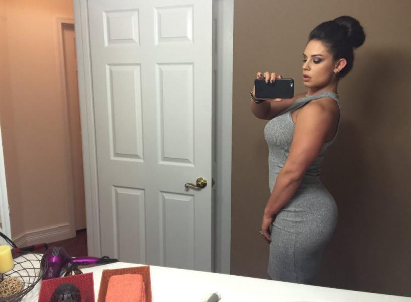Kaitlyn WWE Leaked Pics 66