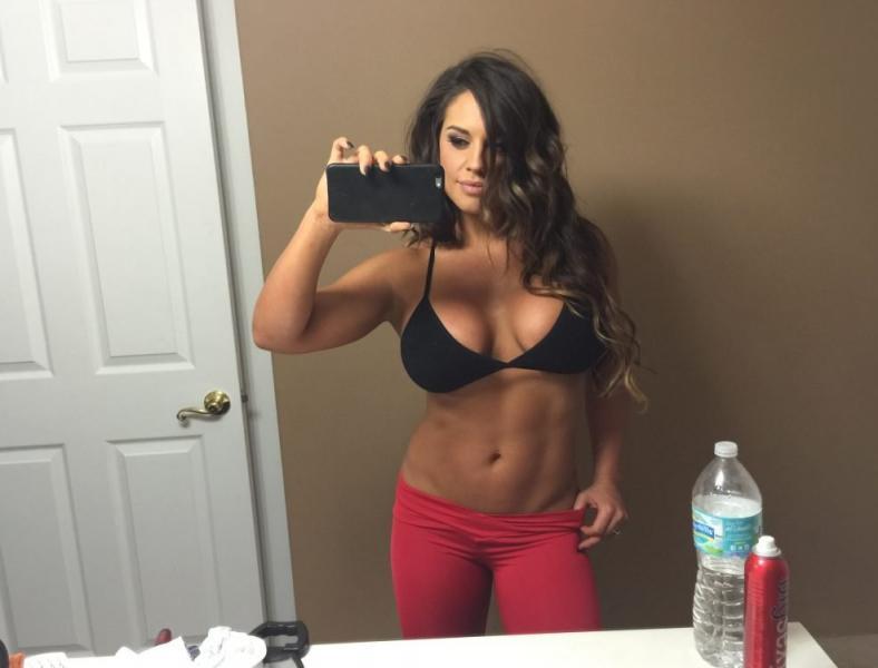 Kaitlyn WWE Leaked Pics 99