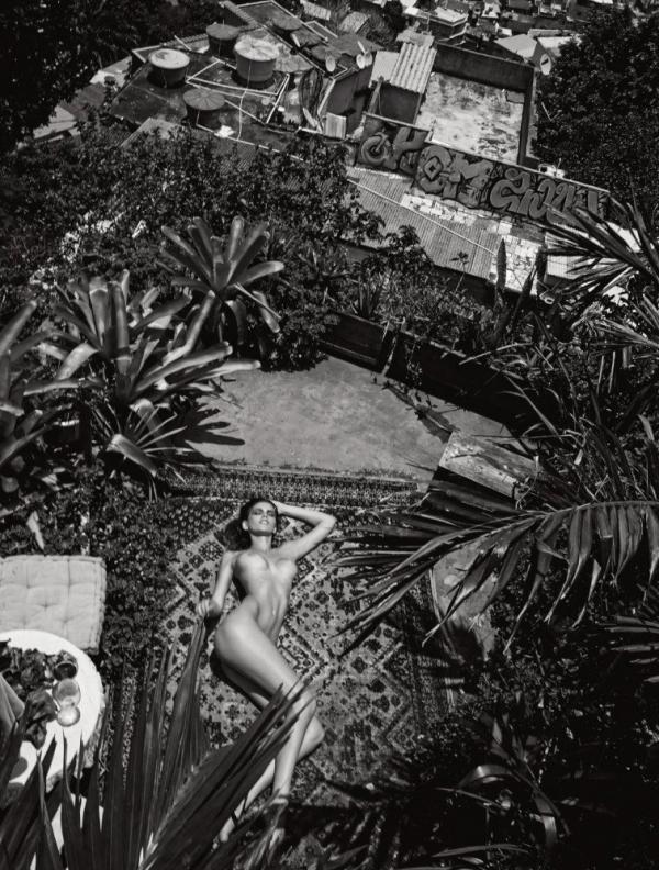 Kamila Hansen Sexy Topless Photos 16