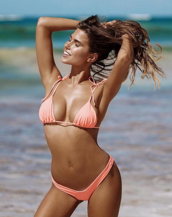 Kara Del Toro Sexy Topless Photos 24