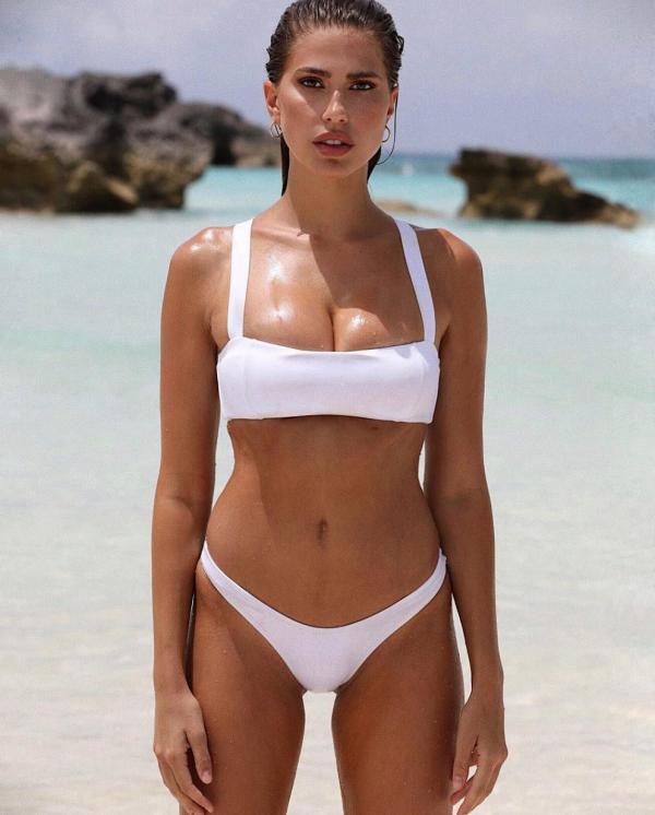 Kara Del Toro Topless