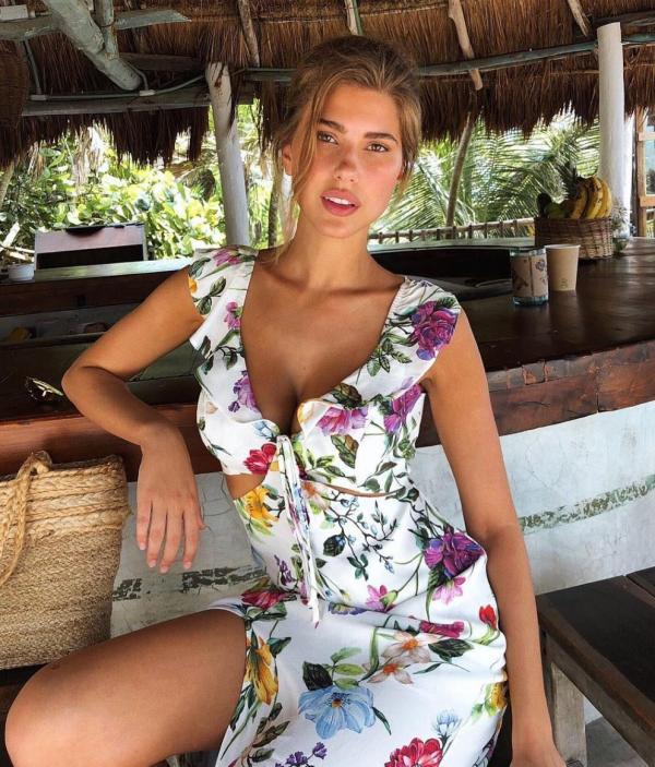 Kara Del Toro Sexy Topless Pics 16