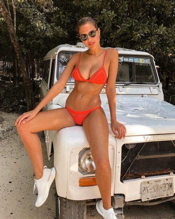 Kara Del Toro Sexy Topless Pics 6