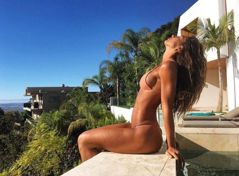 Karina Elle Sexy Photos 119