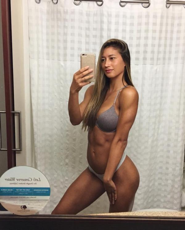 Karina Elle Sexy Photos 58