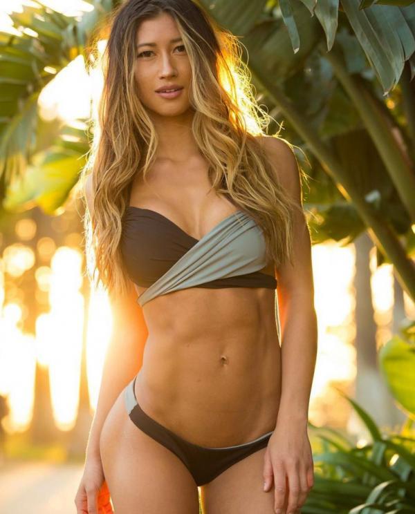 Karina Elle Sexy Photos 61