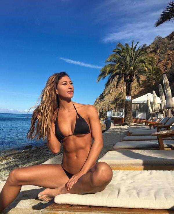 Karina Elle Sexy Photos 95
