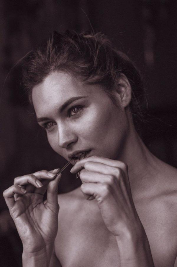 Karol Jaramillo Nude Sexy Photos 15