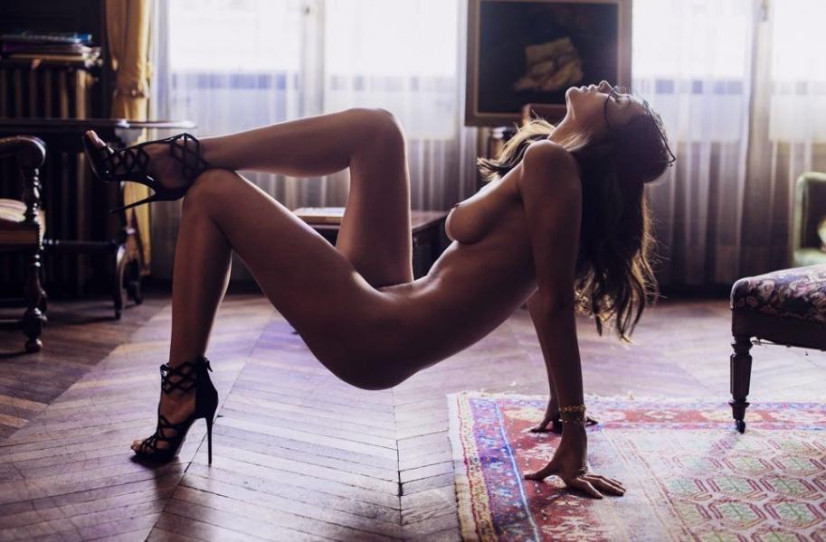 Karol Jaramillo Nude Sexy Photos 20