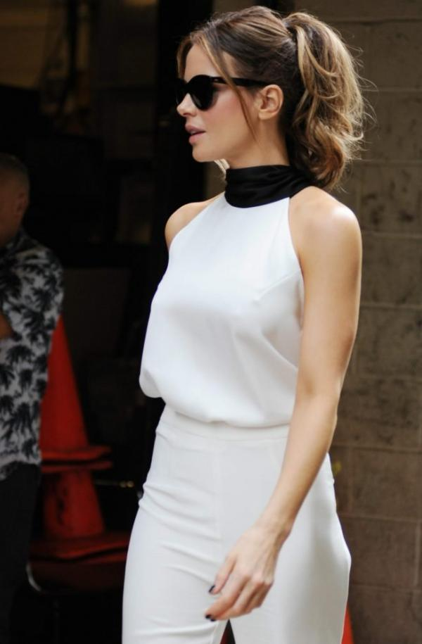 Kate Beckinsale Sexy Images 24
