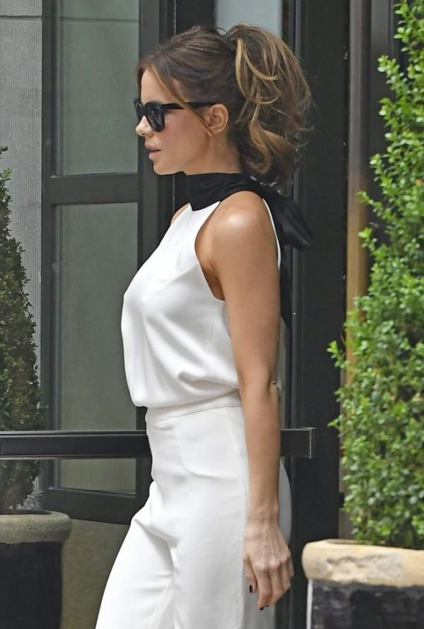 Kate Beckinsale Sexy Images 76
